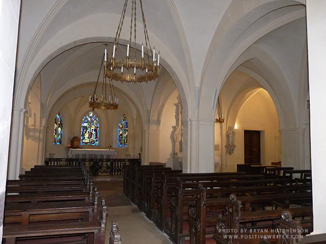 Joan-of-arc-church-inside